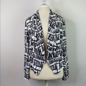 ! 5/$25 ! Lush abstract jacket, size medium